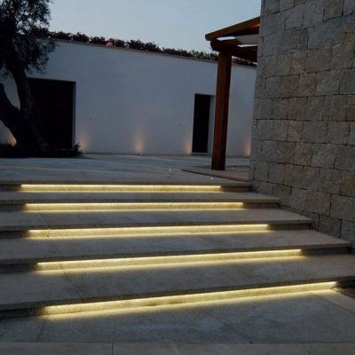 Lighting of steps