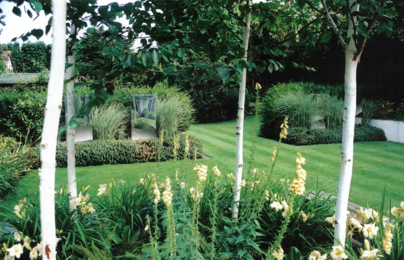 Chic modern garden